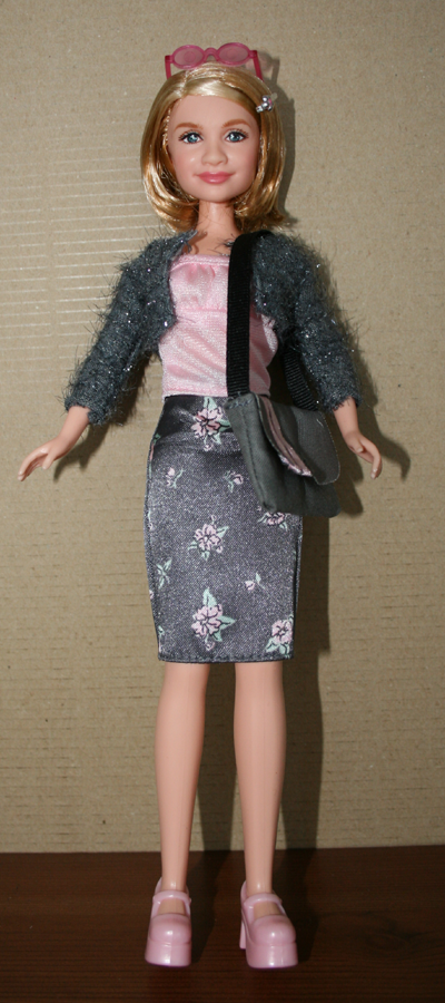 [AV] Tonner Mattel, Magicien d'Oz, Shauna Blushing Queen p3 Ashley1