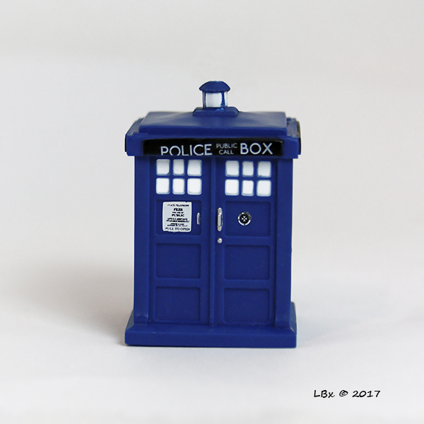 Pocket_TV_DrWho_Tardis.jpg